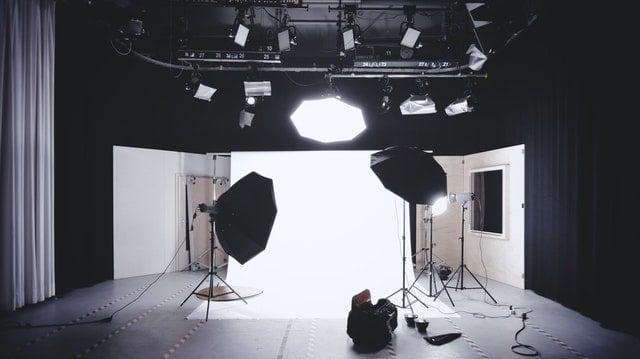 photo studio with lights